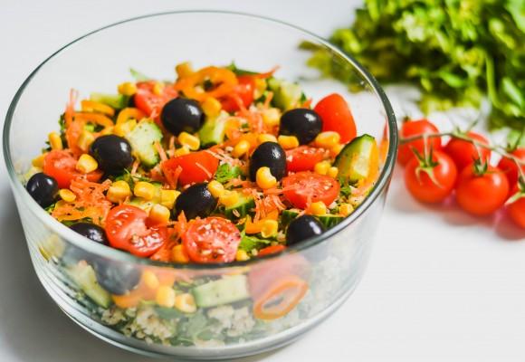 Salată de primăvară cu bulgur