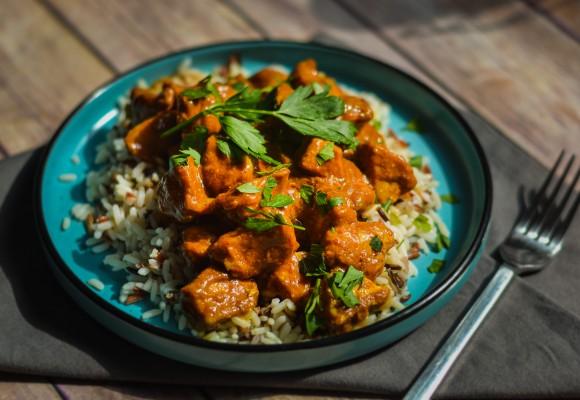 Pui curry cu orez tricolor